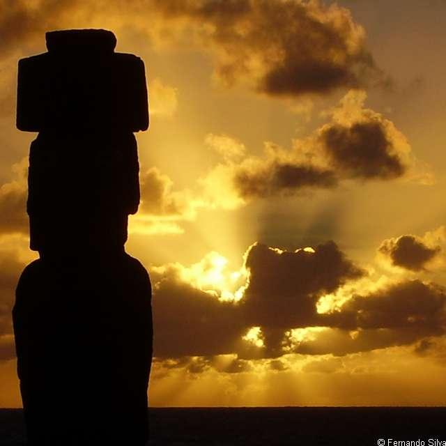 Séjour île de Pâques - Coucher de soleil & Moais