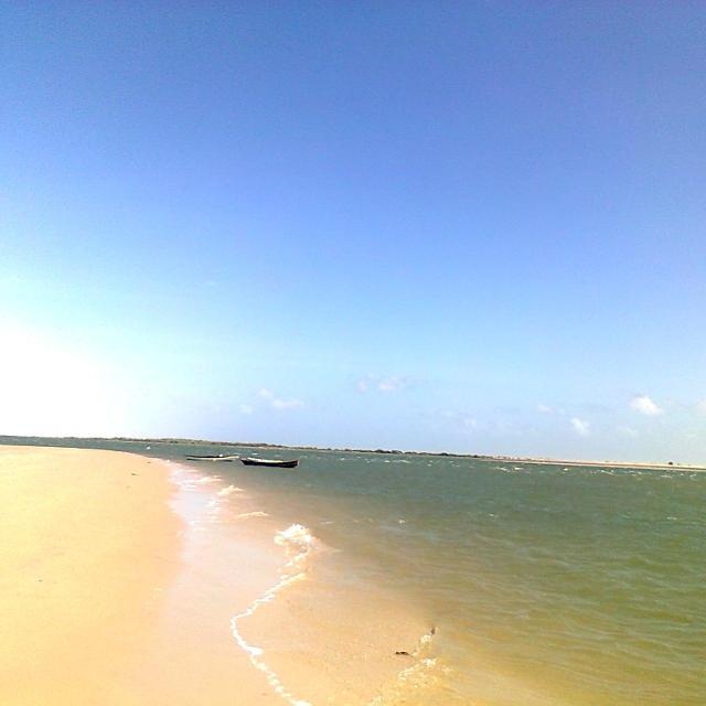 Atins, Voyage au Brésil